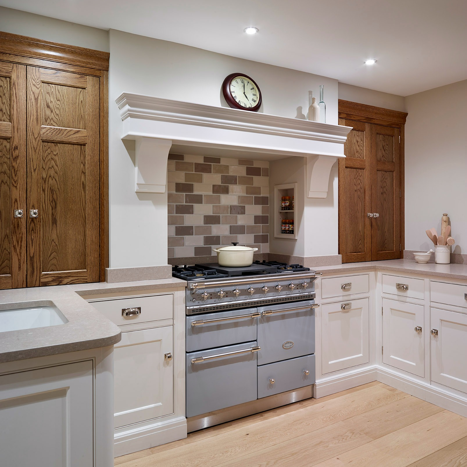 The Nickleby Kitchen - St Albans Showroom - Humphrey Munson