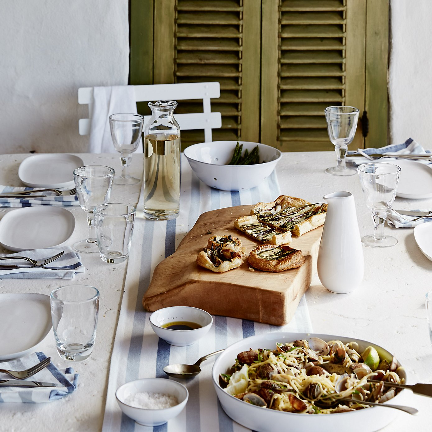 The White Company - Summer Table Styling
