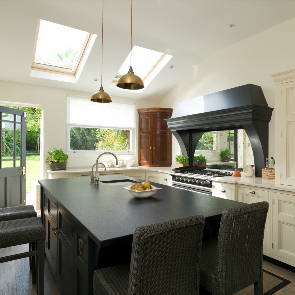 Victorian Kitchen: Contemporary Victorian Kitchen, Kent
