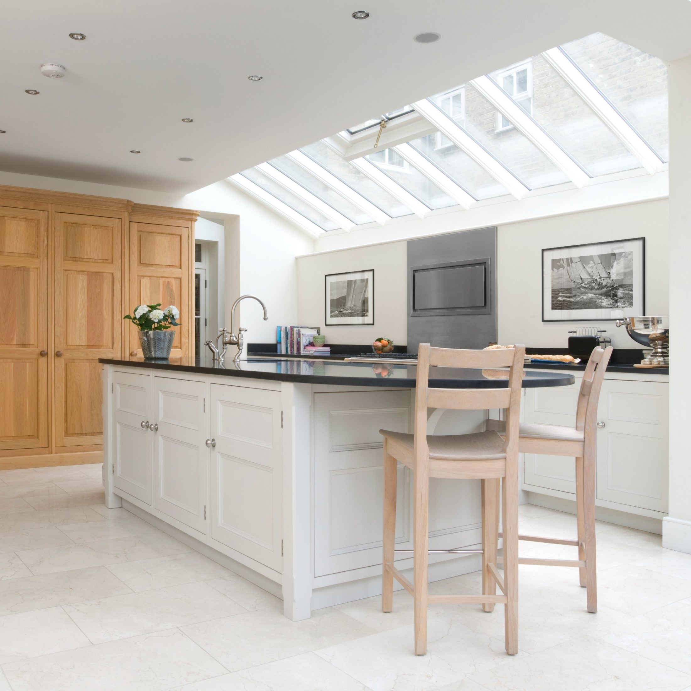 Kitchen confidential a bespoke kitchen in london for Kitchen design london