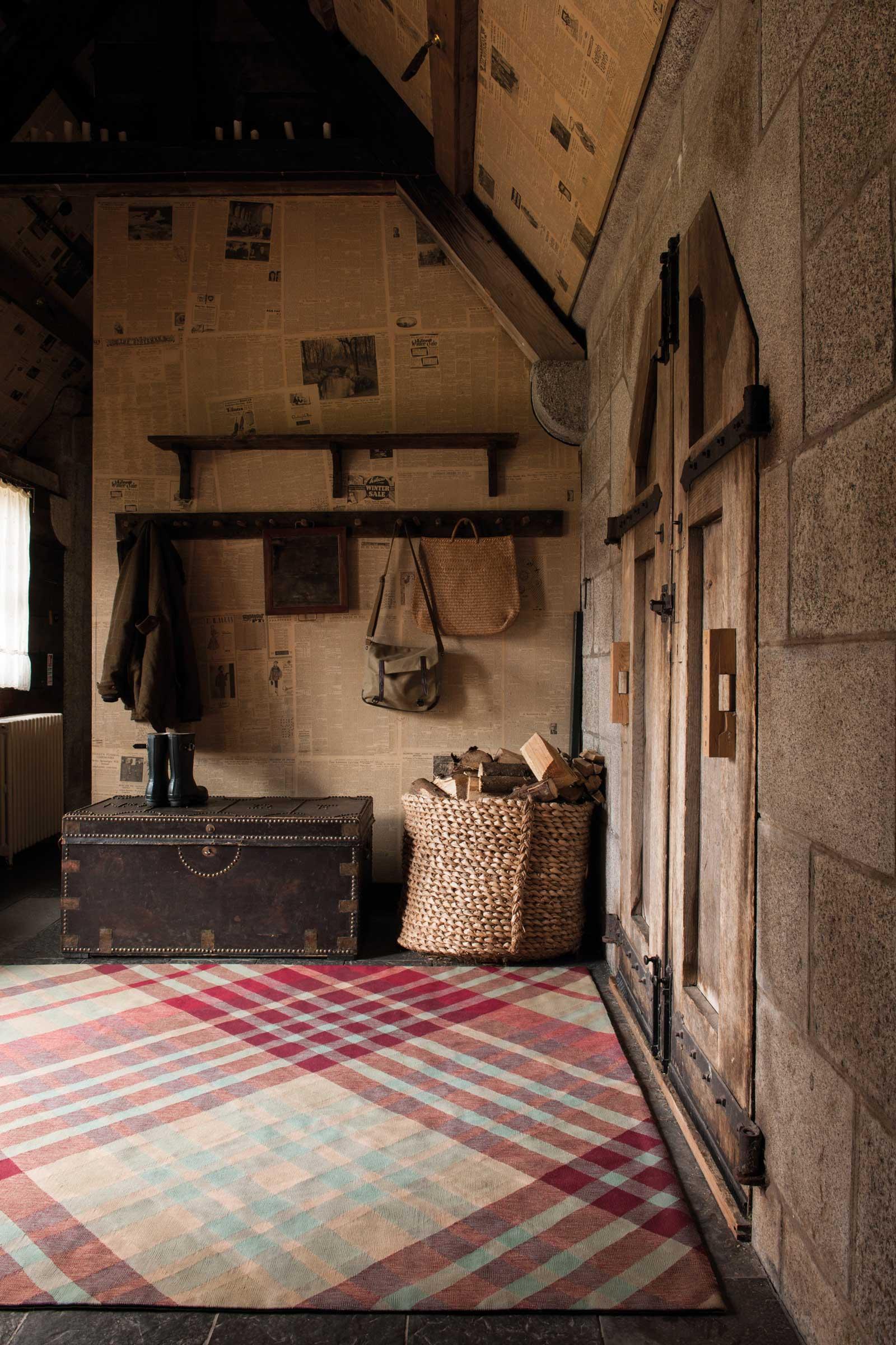 The Rug Company - Vivienne Westwood - Cave Girl Rug