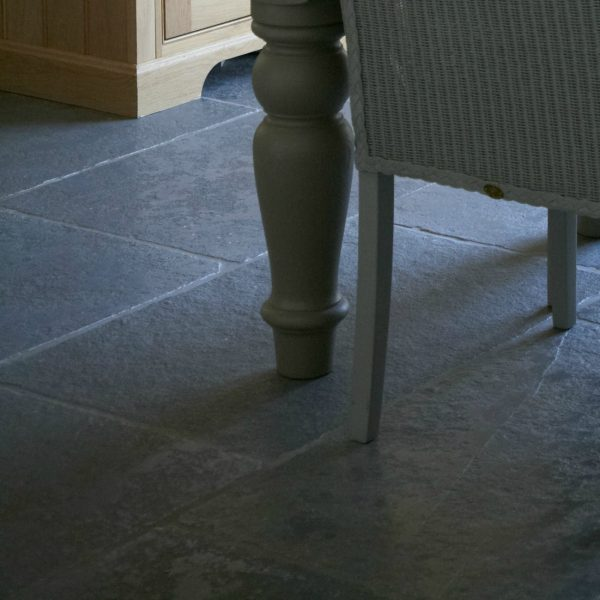 Blenheim Limestone Seasoned - Humphrey Munson - Stone Atelier 6