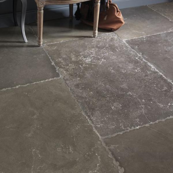 Burford Limestone Tumbled   Humphrey Munson Stone