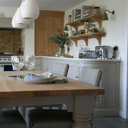 Classic English Cottage Kitchen - Humphrey Munson