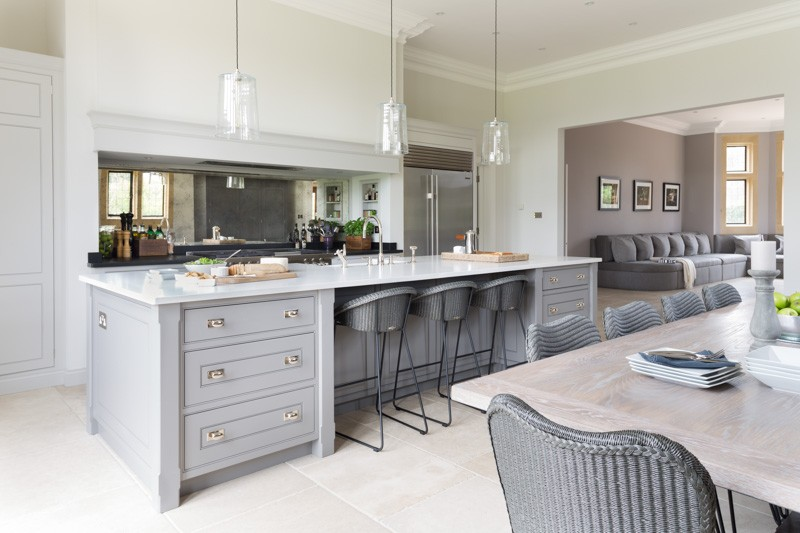 Family Kitchen Design Ideas For Cooking And Entertaining: A Luxury Bespoke Kitchen In Ascot