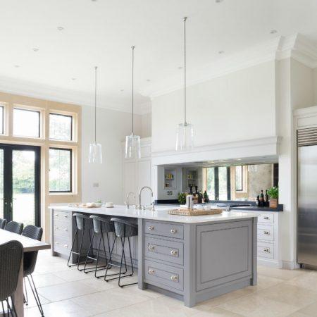 The Grange, Ascot - Luxury Bespoke Kitchen - Humphrey Munson