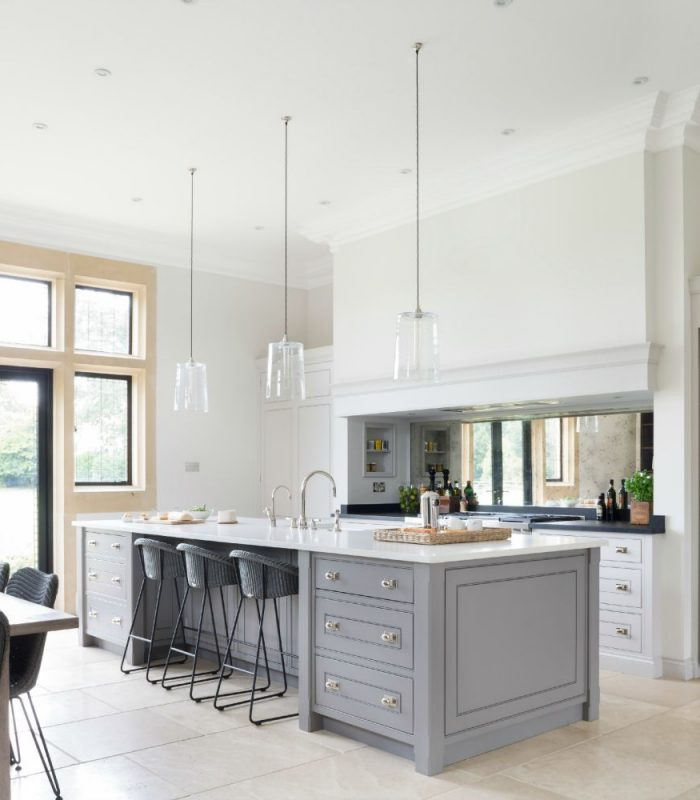 Farrow And Ball Kitchen Cabinets: A Luxury Bespoke Kitchen In Ascot