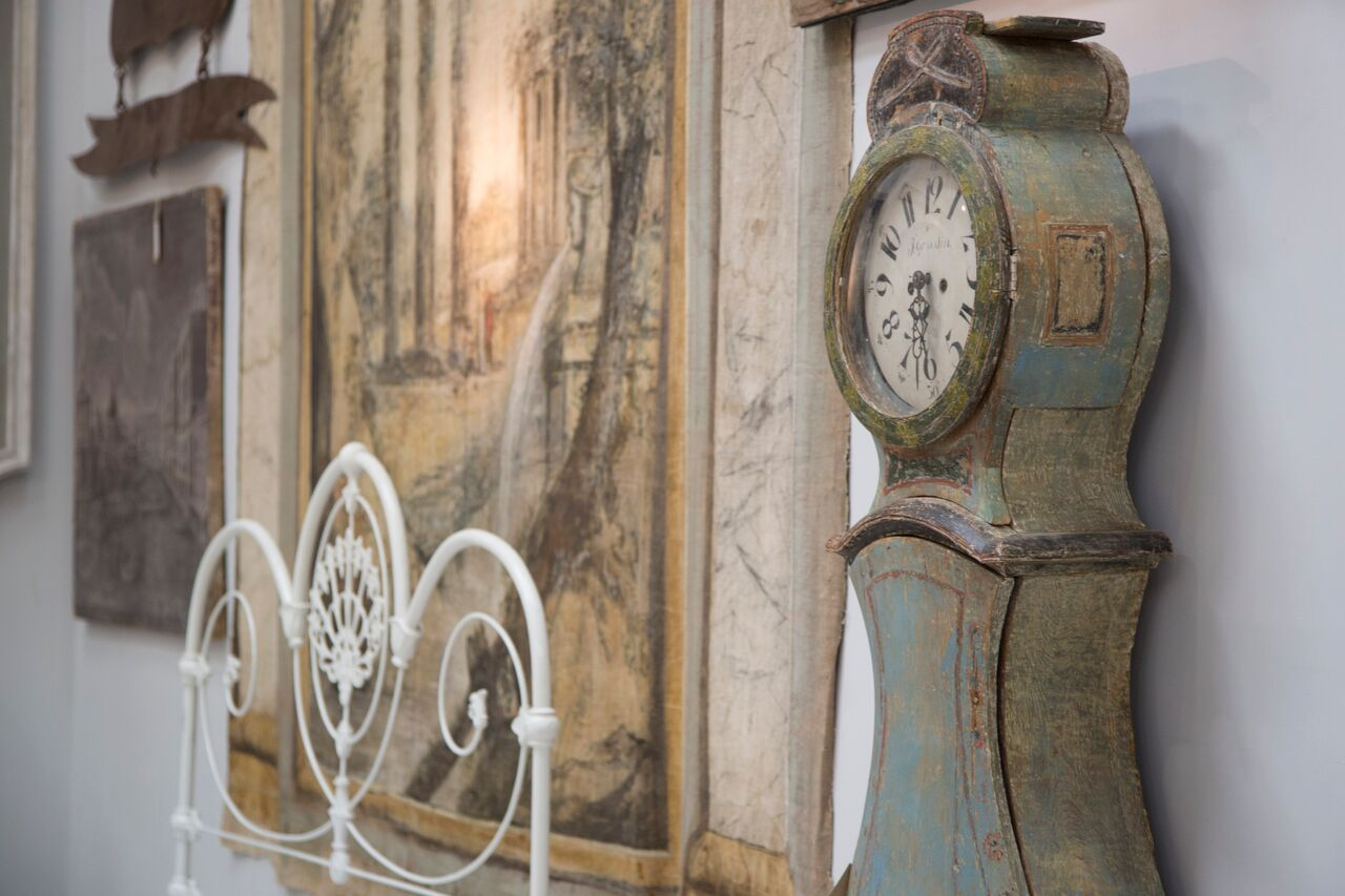 Lorfords Antiques - Babdown Tetbury - Humphrey Munson Blog - Showroom 3