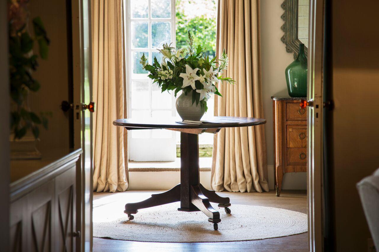Lorfords Antiques - Calcott Manor - Humphrey Munson Blog