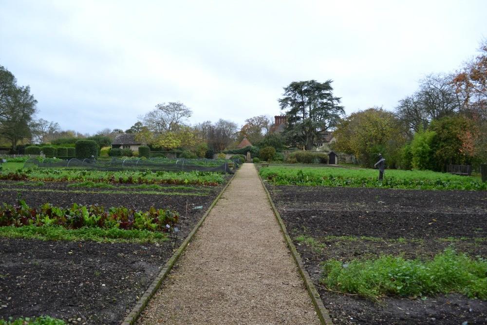 Cooking with Gaggenau - Raymond Blanc Cooker School - Humphrey Munson Blog - Garden Tour 5
