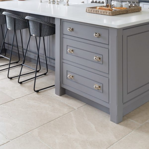 Babington Limestone Tumbled – Humphrey Munson Stone Atelier