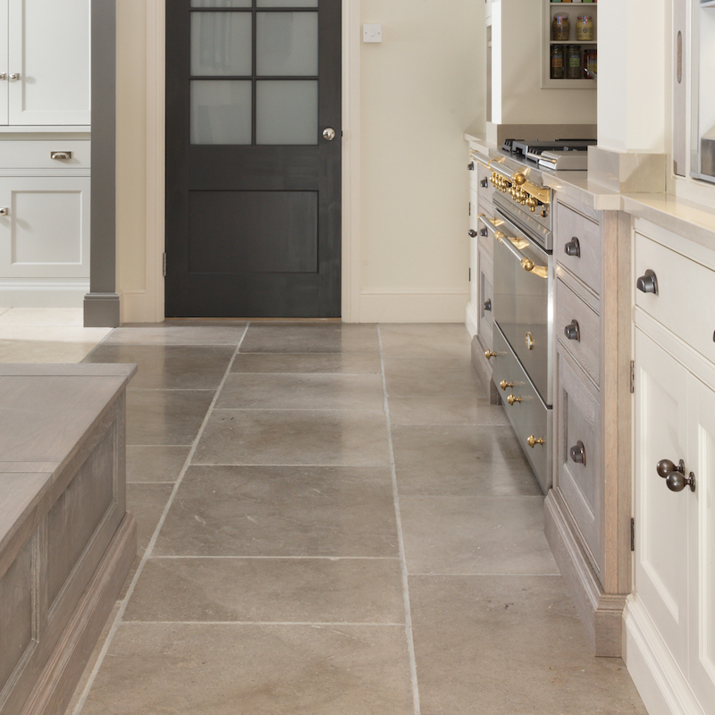 Marble Flooring Essex: Earl Limestone Tumbled - H