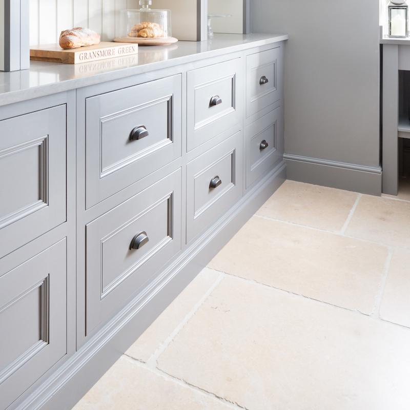 Marble Flooring Essex: Manoir Limestone Tumbled - H