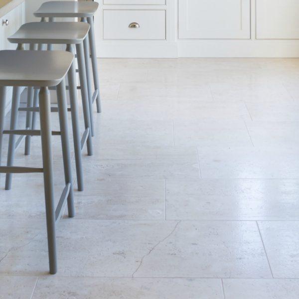 Pavilion Limestone Honed – Humphrey Munson Stone Atelier
