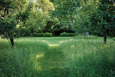 Miranda Brooks - Anna Wintour Garden - Humphrey Munson Blog