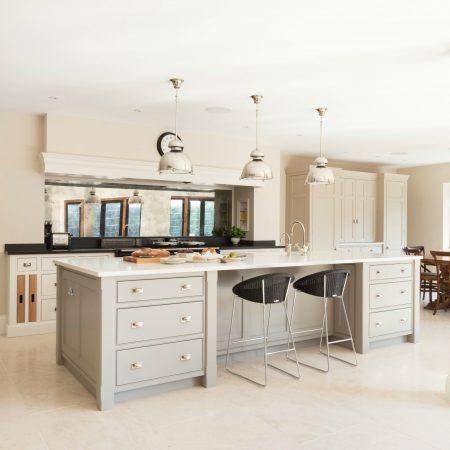 Bespoke Family Kitchen, Gerrards Cross - Humphrey Munson