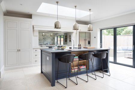 Contemporary Spenlow Kitchen, Essex - Humphrey Munson