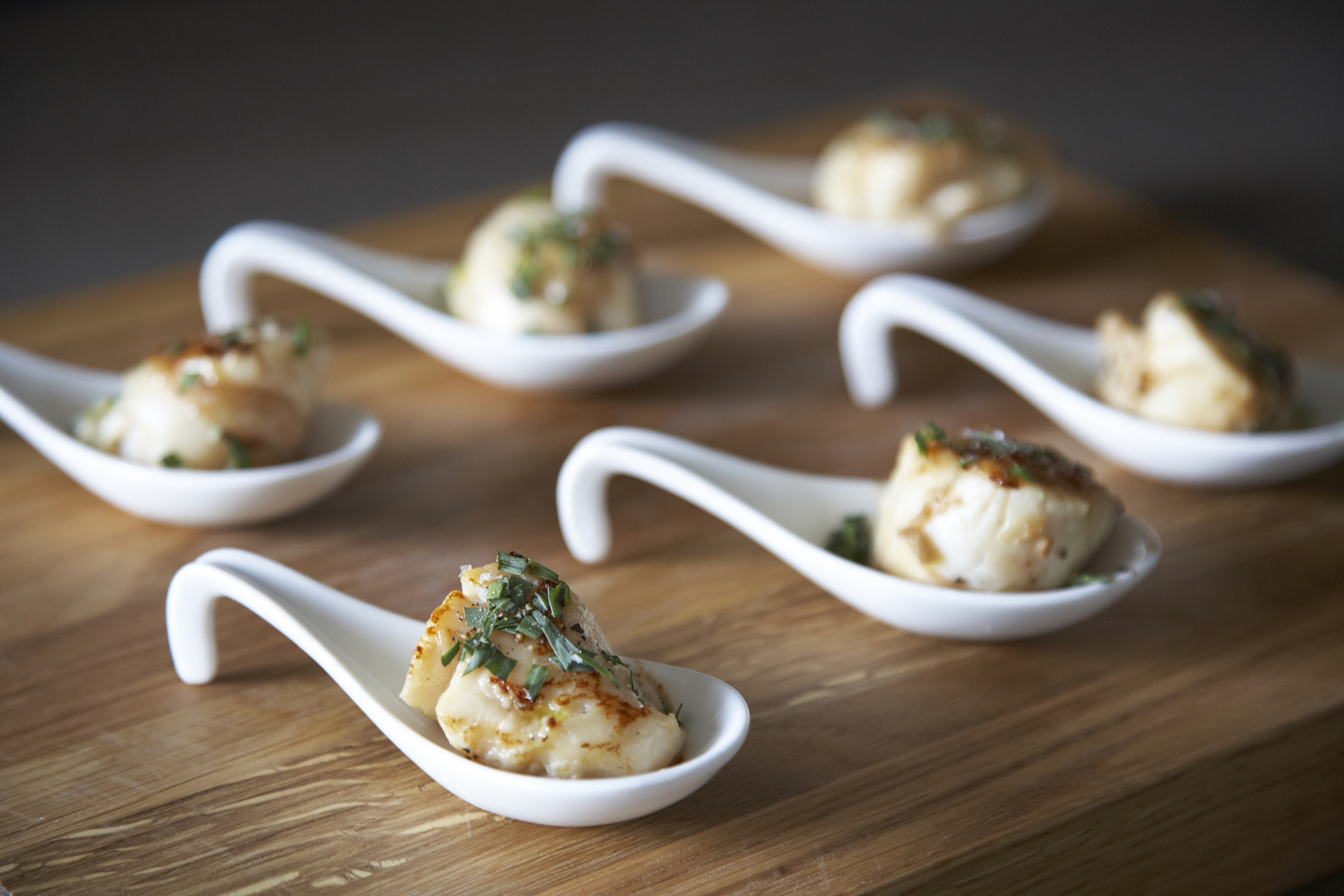 garlic-white-wine-scallops-humphrey-munson-kitchen-1