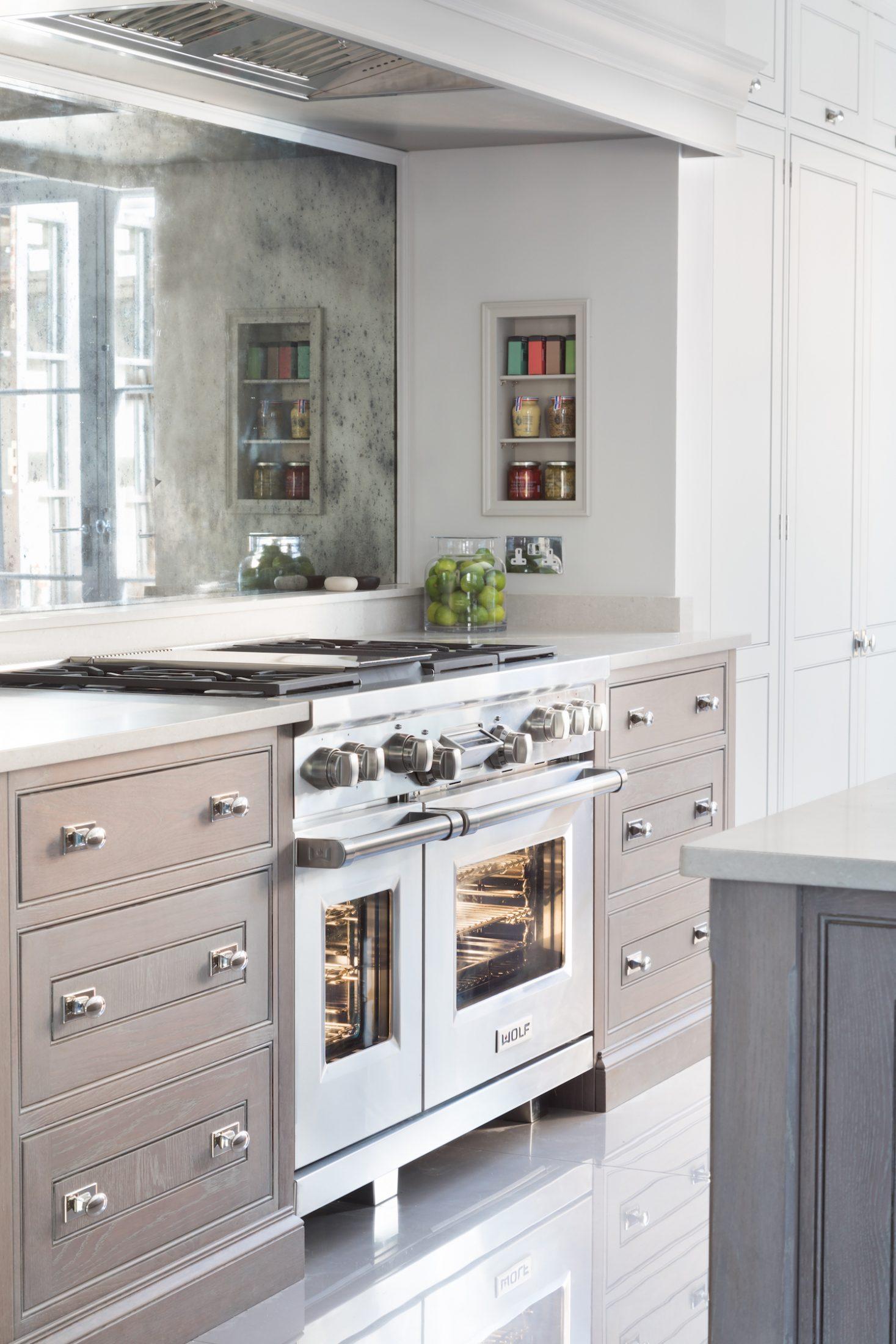 Epping Forest Project - Luxury Bespoke Kitchen - Humphrey Munson 43