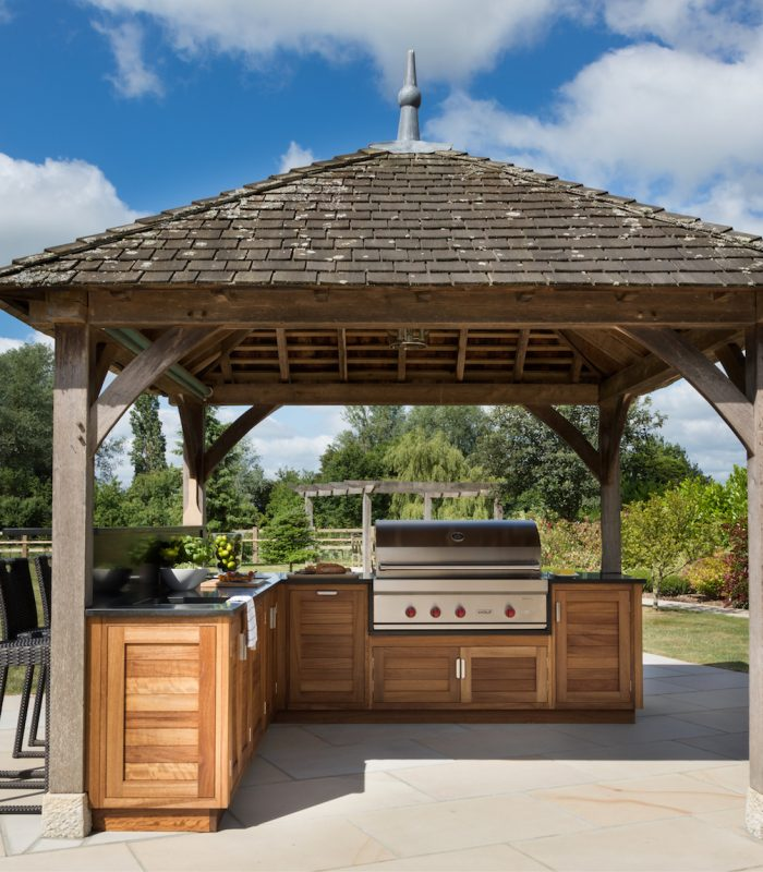 The Wolf 107cm Outdoor Gas Grill Humphrey Munson Kitchens