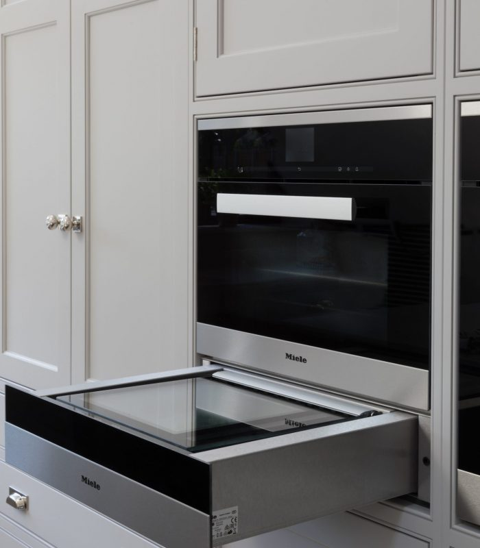 Vacuum Sealing Drawer - Humphrey Munson