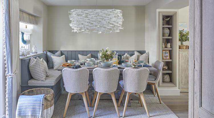 Mountain Ash House | By Katharine Pooley - Luxury interior design - Humphrey Munson Blog
